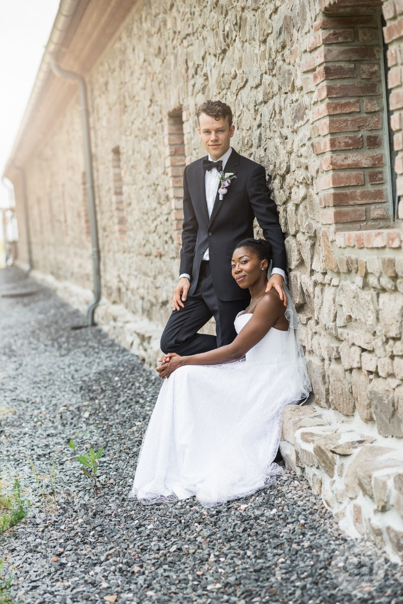 Elegantní svatební oblek od Suit and Me 8b199f31fa