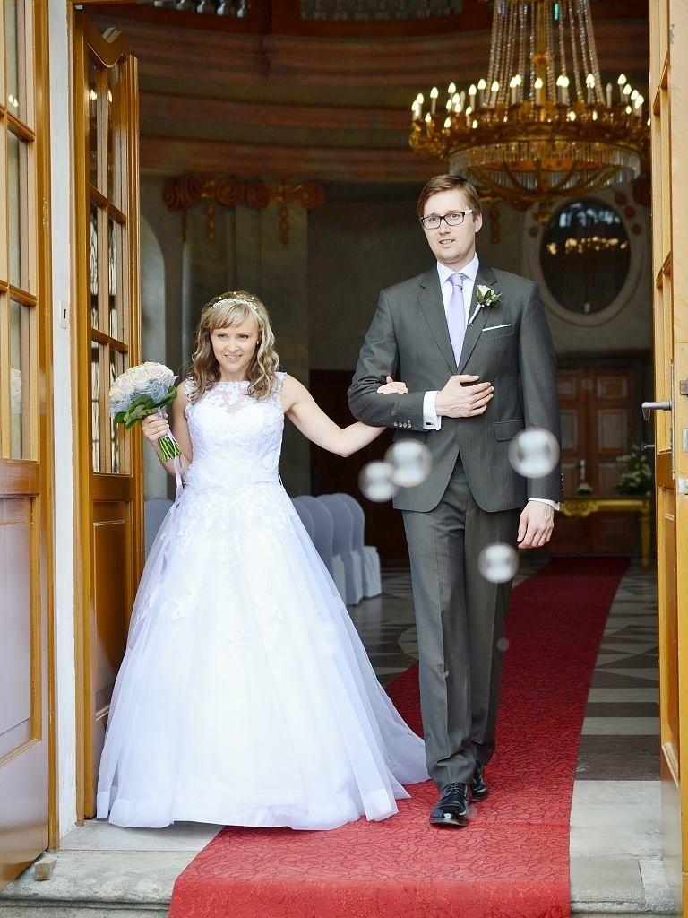 Svatební oblek na míru od Suit   Me 30be646e9f